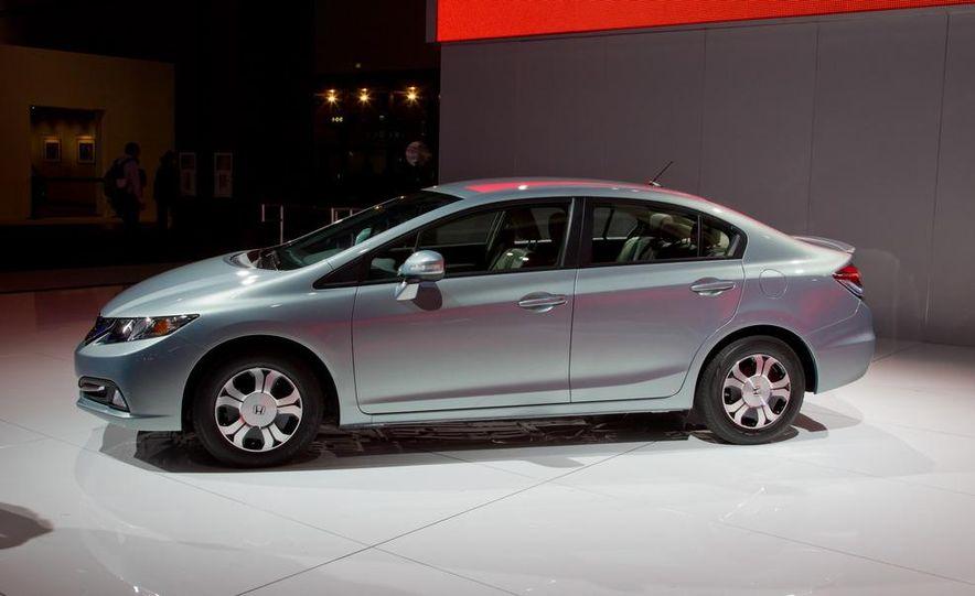 2013 Honda Civic Si sedan - Slide 20