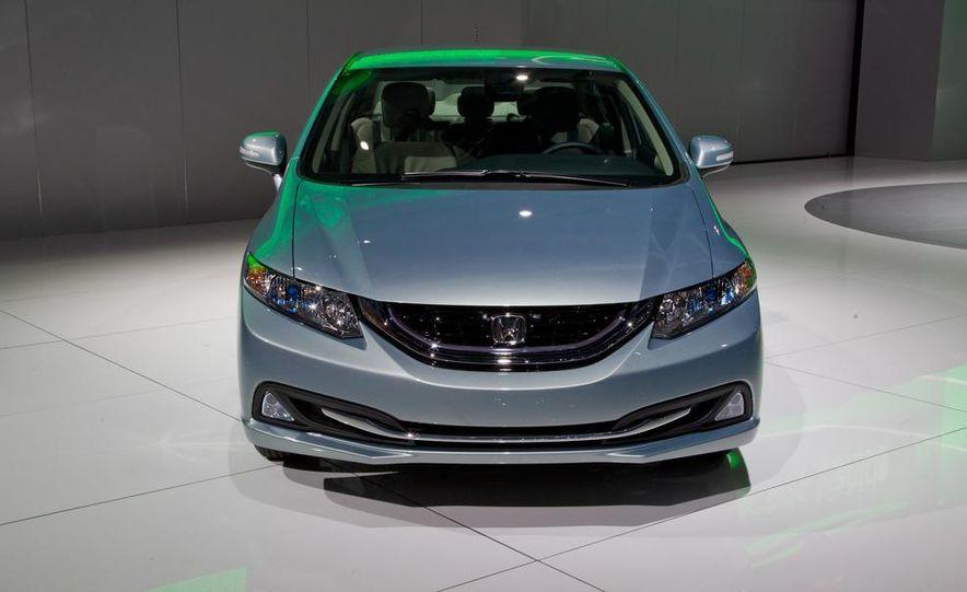 2013 Honda Civic Si sedan - Slide 21