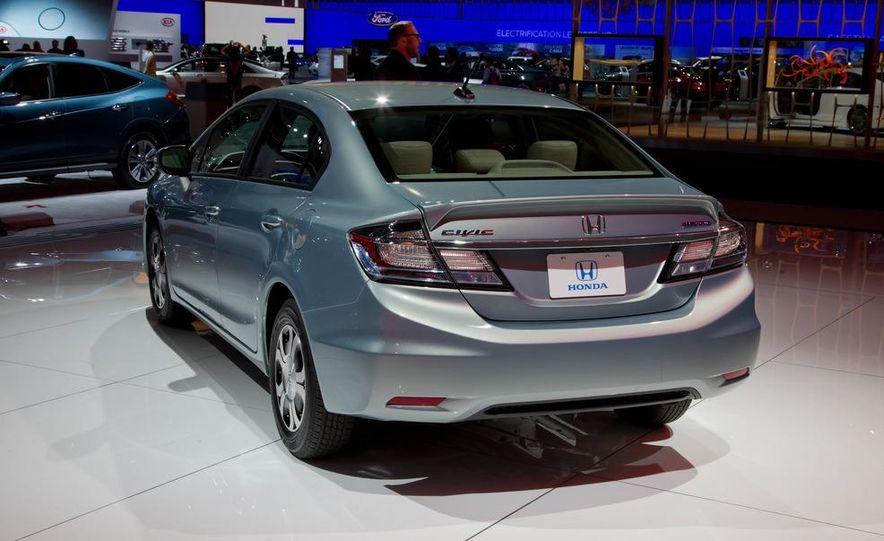 2013 Honda Civic Si sedan - Slide 27