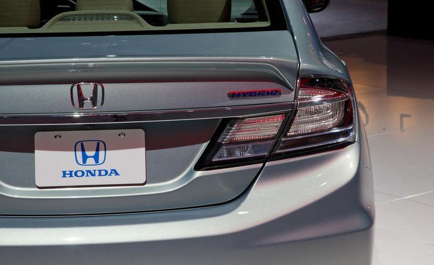 2013 Honda Civic Si sedan - Slide 30