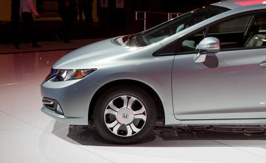 2013 Honda Civic Si sedan - Slide 31