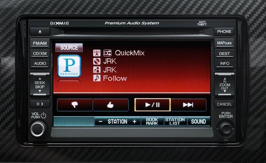 2013 Honda Civic Si sedan - Slide 140