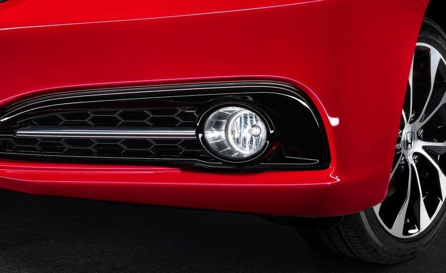 2013 Honda Civic Si sedan - Slide 42