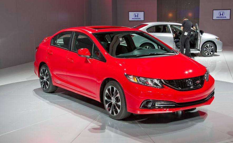 2013 Honda Civic Si sedan - Slide 1
