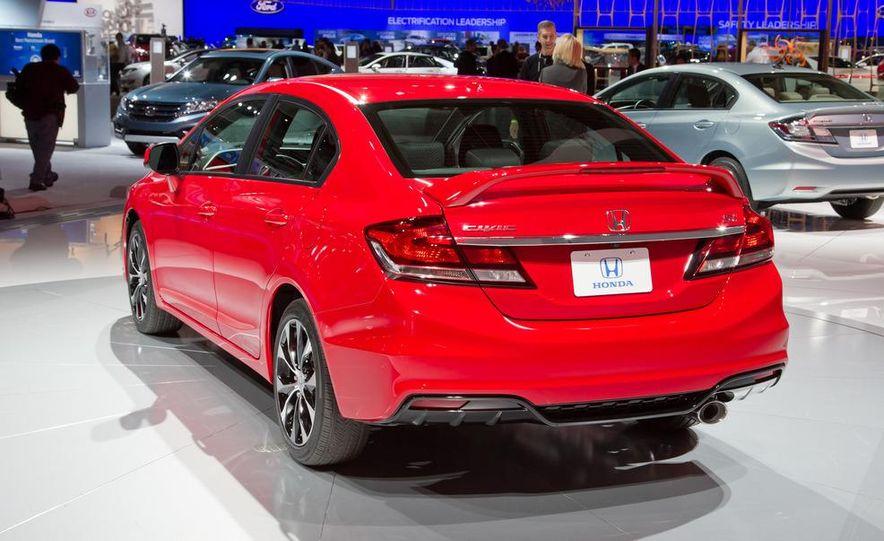 2013 Honda Civic Si sedan - Slide 8