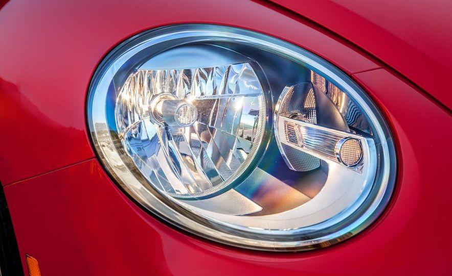 2013 Volkswagen Beetle convertible turbos - Slide 38