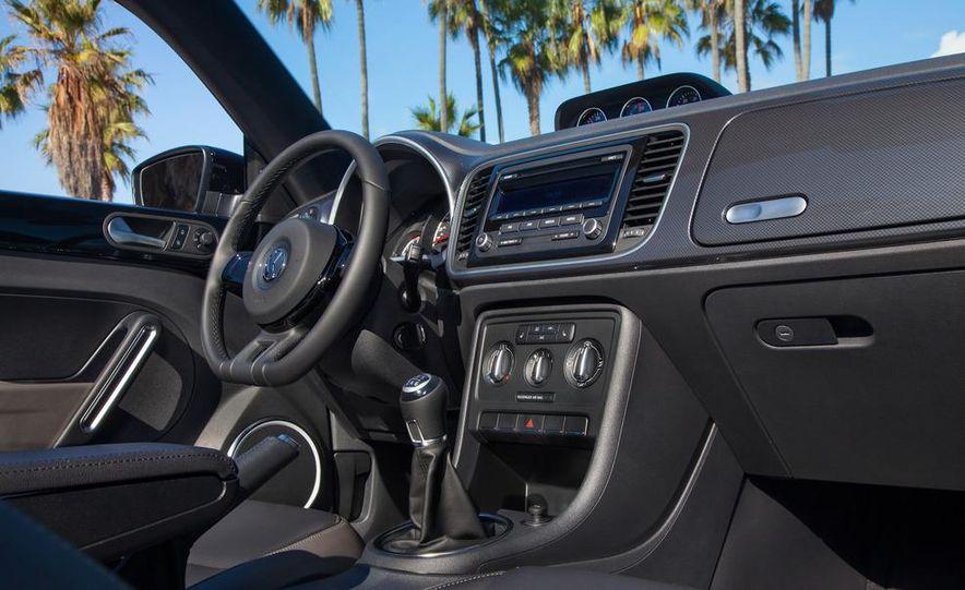 2013 Volkswagen Beetle convertible turbos - Slide 39