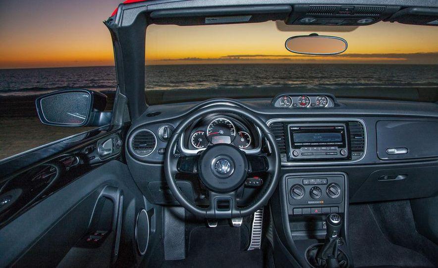 2013 Volkswagen Beetle convertible turbos - Slide 46