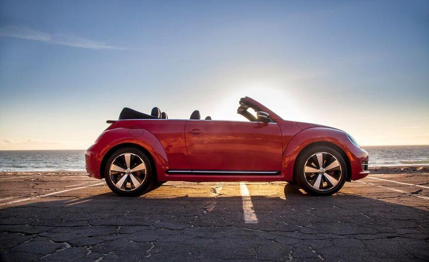 2013 Volkswagen Beetle convertible turbos - Slide 27