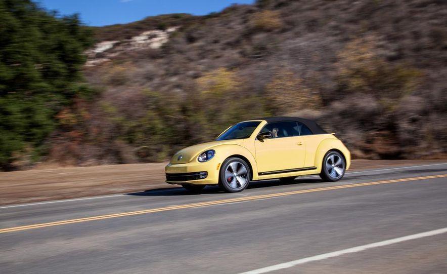 2013 Volkswagen Beetle convertible turbos - Slide 60
