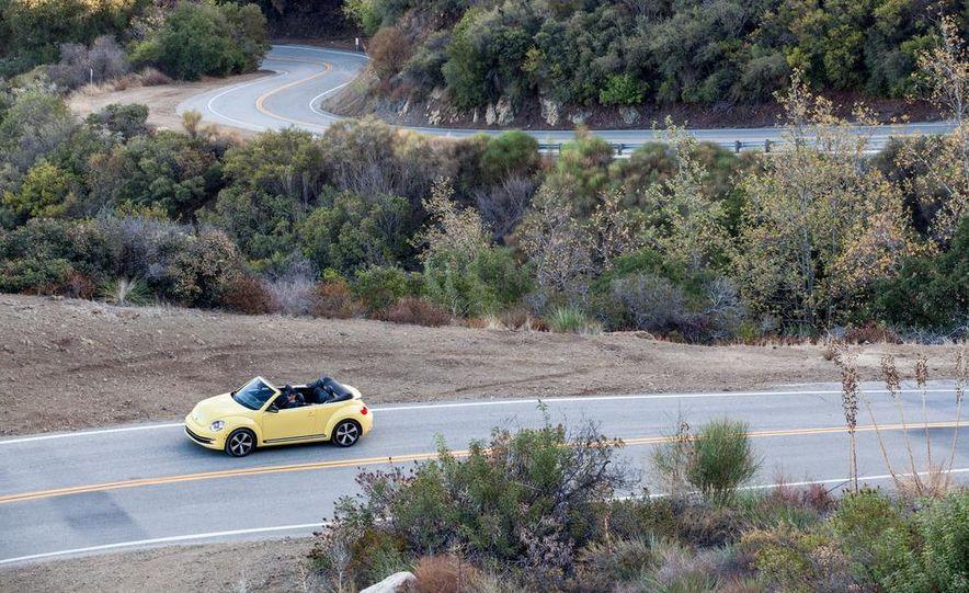 2013 Volkswagen Beetle convertible turbos - Slide 62