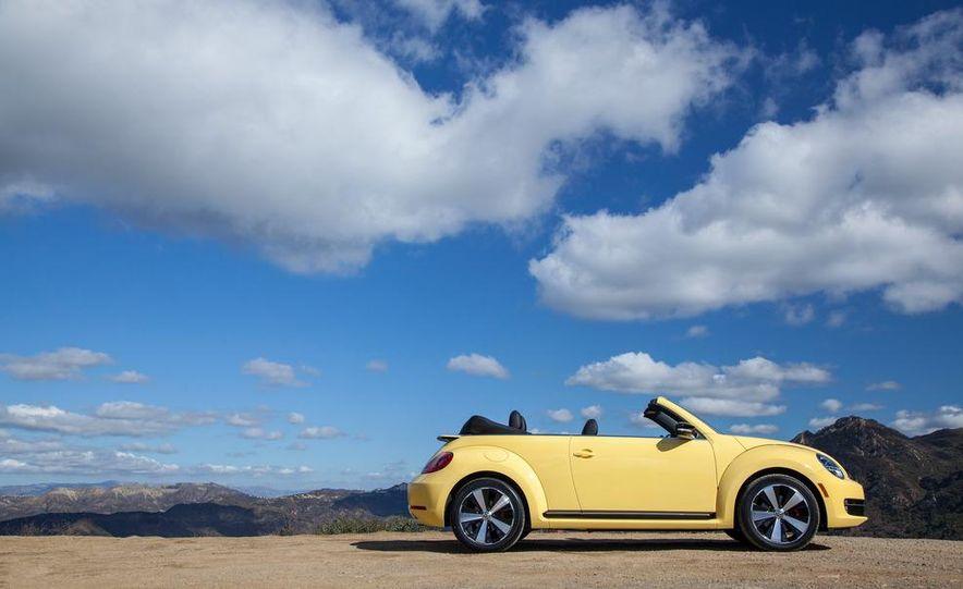 2013 Volkswagen Beetle convertible turbos - Slide 71