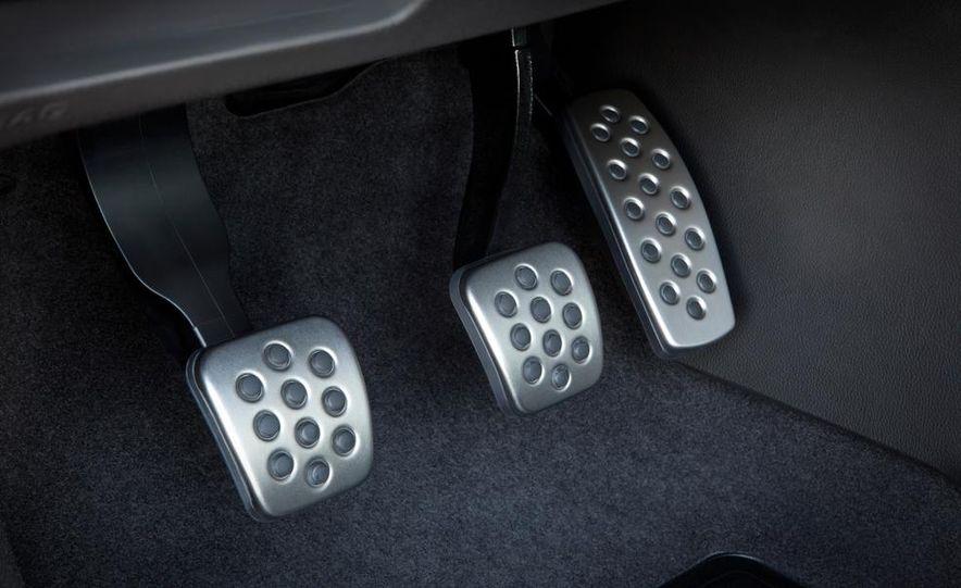 2013 Buick Verano Turbo - Slide 18