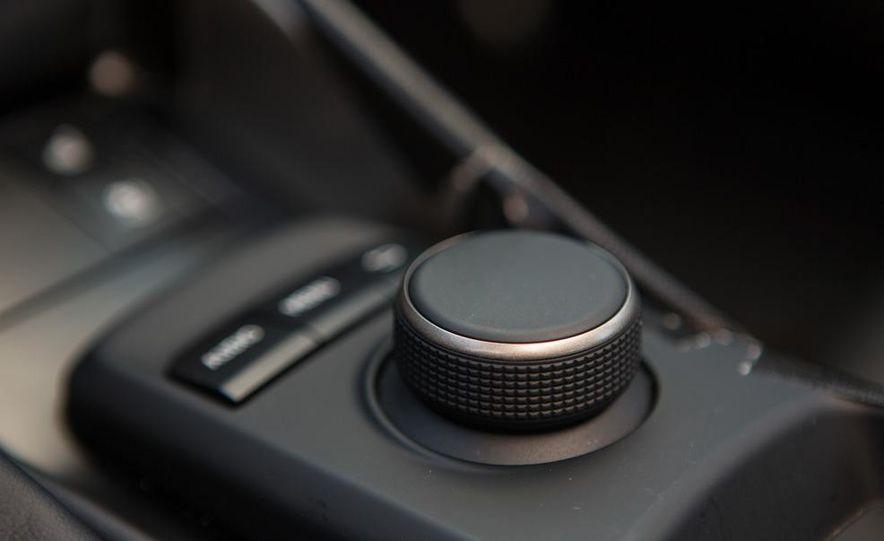 2014 Lexus IS - Slide 40