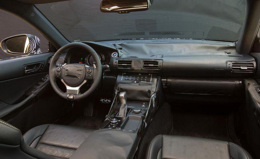 2014 Lexus IS - Slide 31