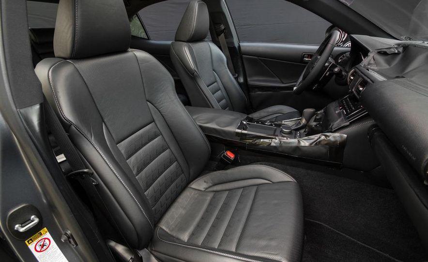 2014 Lexus IS - Slide 34