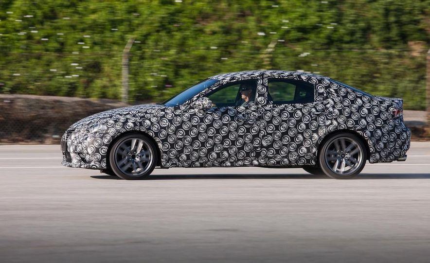 2014 Lexus IS - Slide 18