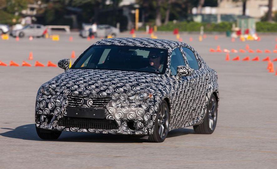 2014 Lexus IS - Slide 21