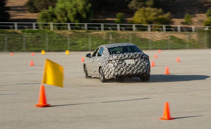 2014 Lexus IS - Slide 22