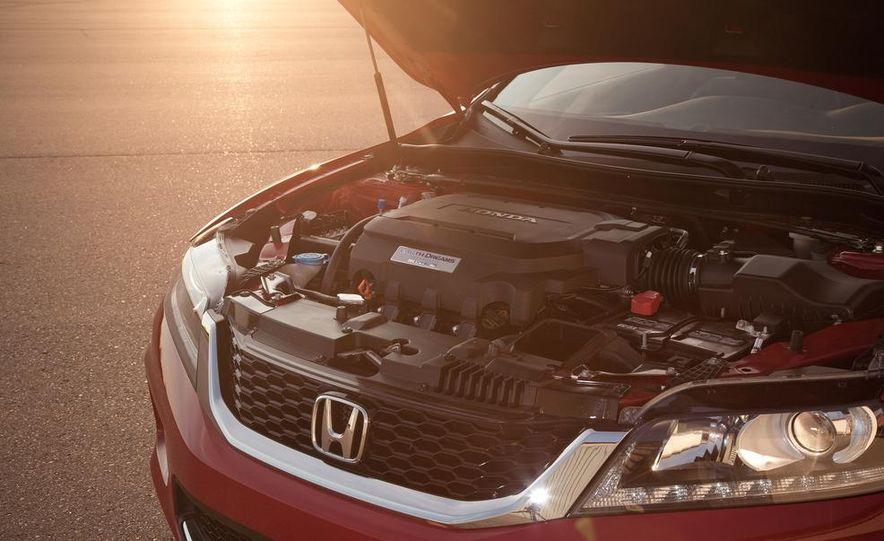 2013 Honda Accord V-6 coupe - Slide 42