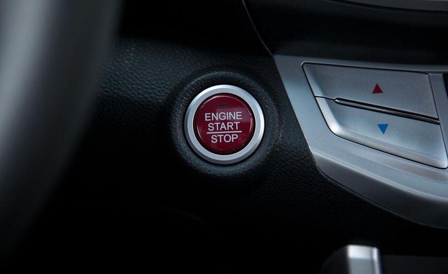 2013 Honda Accord V-6 coupe - Slide 31