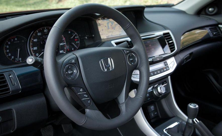 2013 Honda Accord V-6 coupe - Slide 27