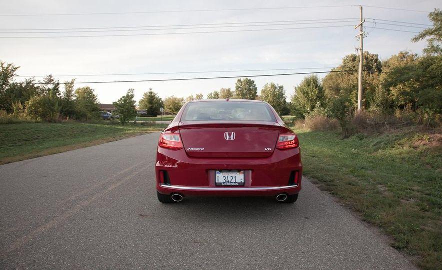 2013 Honda Accord V-6 coupe - Slide 5