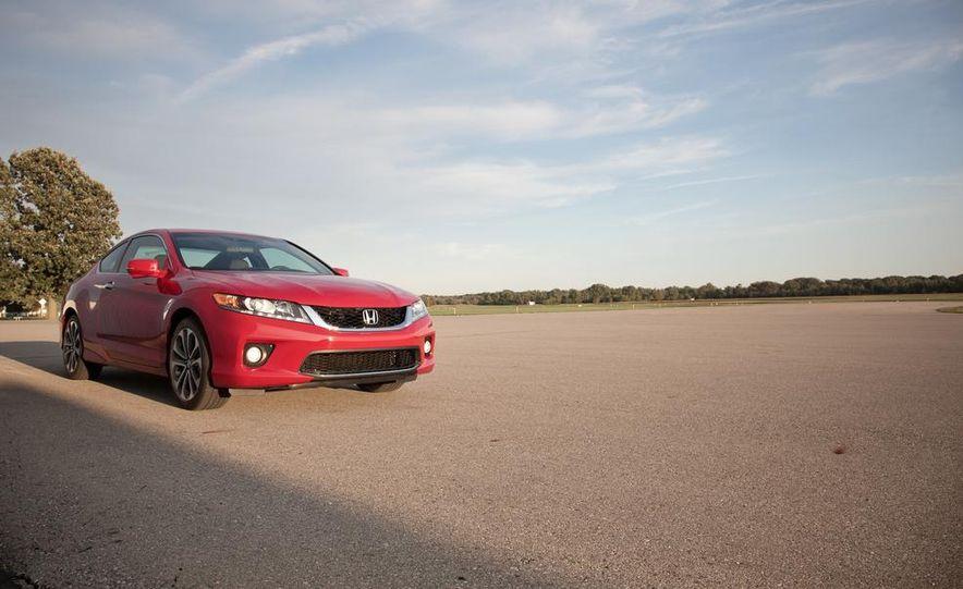 2013 Honda Accord V-6 coupe - Slide 9