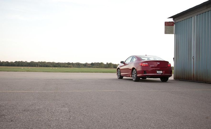 2013 Honda Accord V-6 coupe - Slide 11