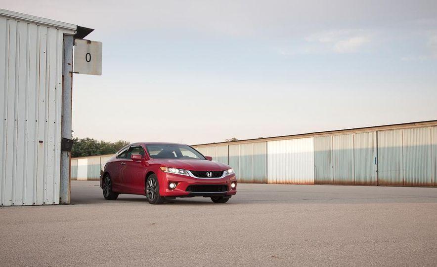 2013 Honda Accord V-6 coupe - Slide 13