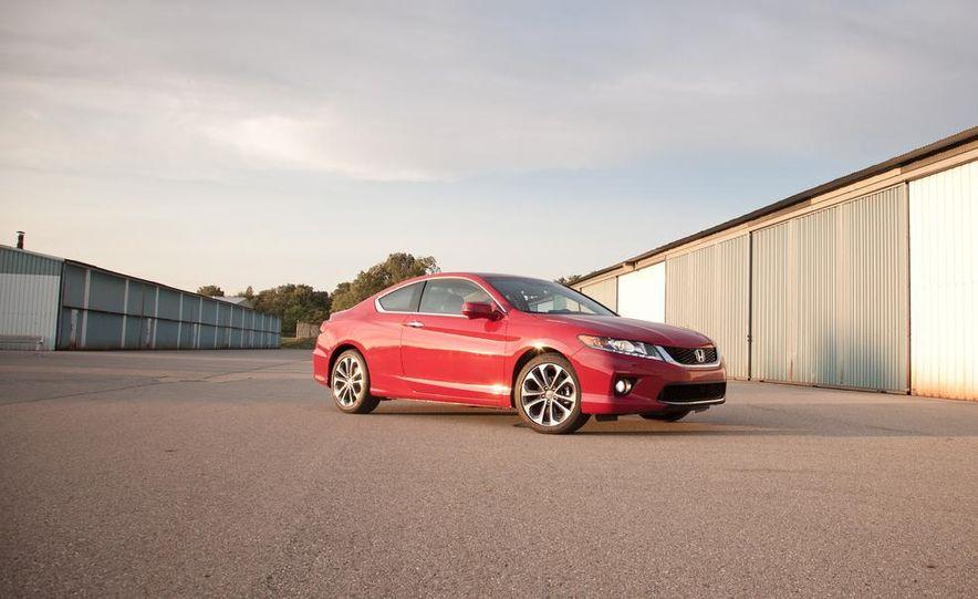 2013 Honda Accord V-6 coupe - Slide 14