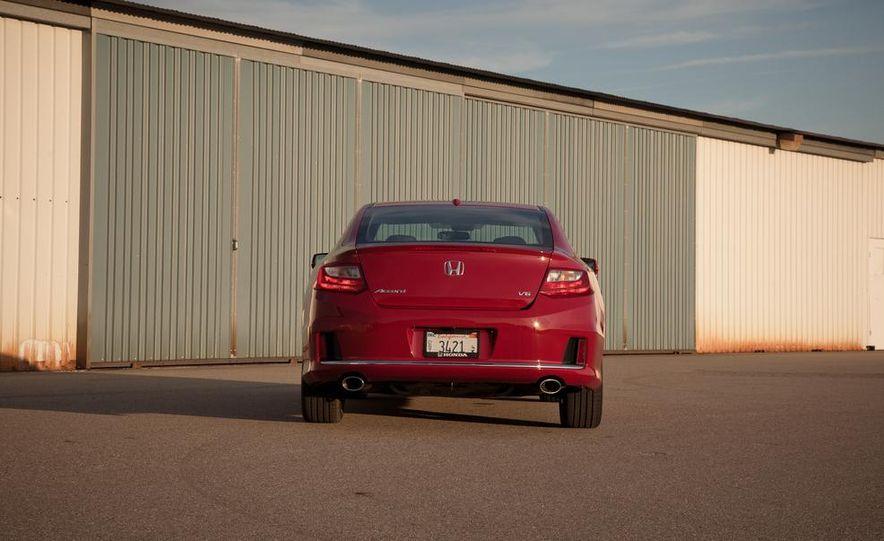 2013 Honda Accord V-6 coupe - Slide 15