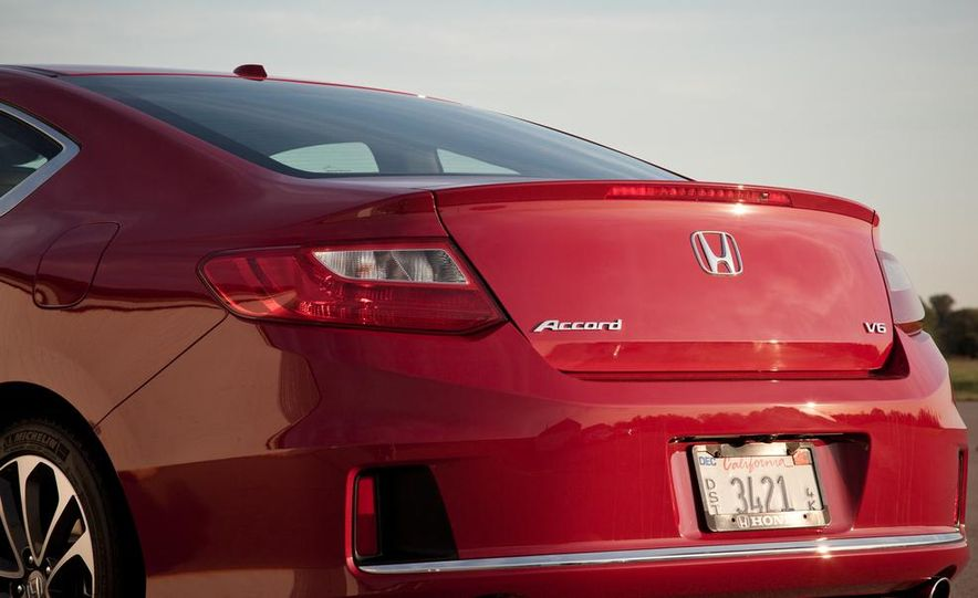 2013 Honda Accord V-6 coupe - Slide 17