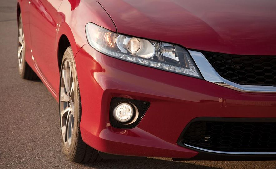 2013 Honda Accord V-6 coupe - Slide 20