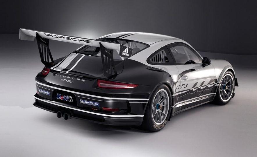2013 Porsche 911 GT3 Cup race car - Slide 4