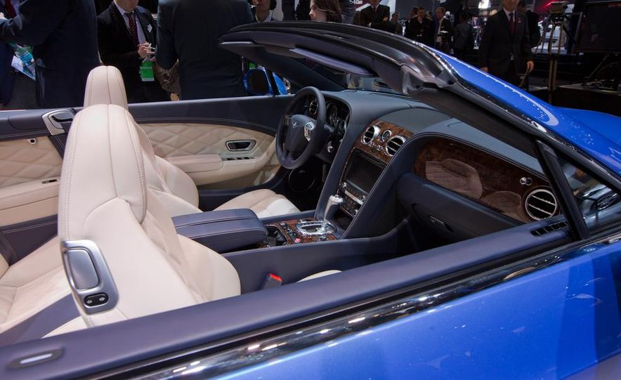 2014 Bentley Continental GT Speed convertible - Slide 27