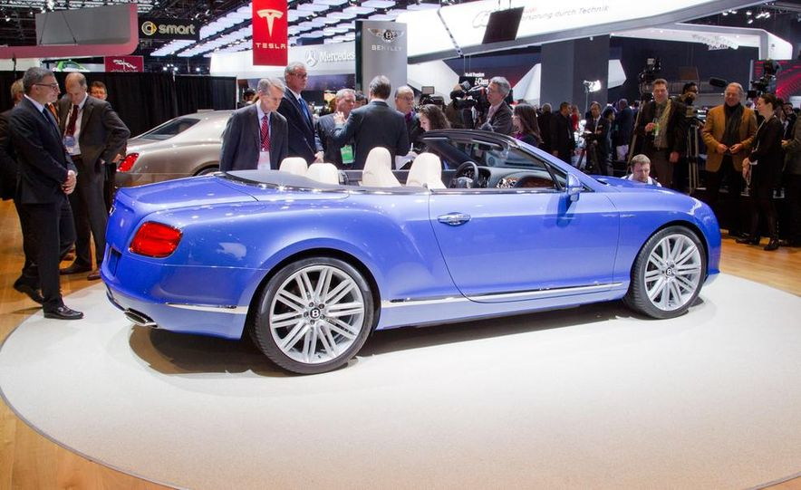 2014 Bentley Continental GT Speed convertible - Slide 16