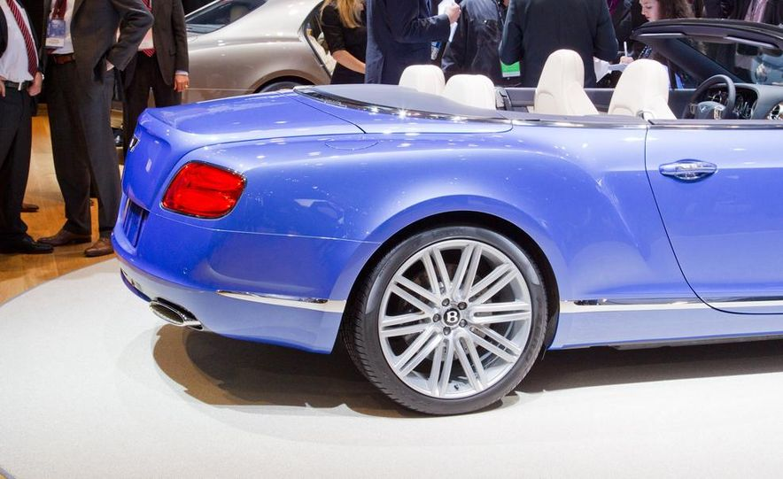 2014 Bentley Continental GT Speed convertible - Slide 24