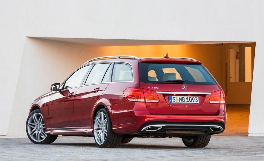 2014 Mercedes-Benz E250 wagon, E300 BlueTec Hybrid, and E350 4MATIC - Slide 51