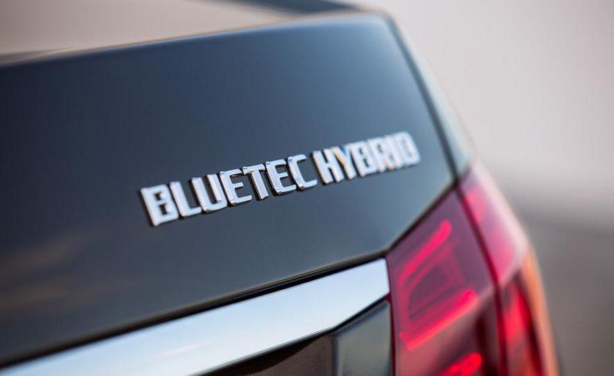 2014 Mercedes-Benz E250 wagon, E300 BlueTec Hybrid, and E350 4MATIC - Slide 32