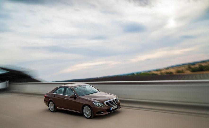 2014 Mercedes-Benz E250 wagon, E300 BlueTec Hybrid, and E350 4MATIC - Slide 13