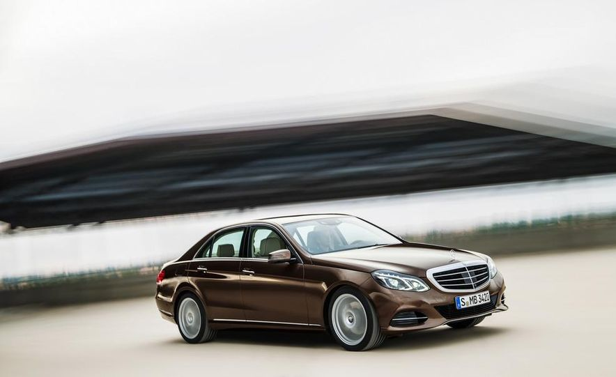 2014 Mercedes-Benz E250 wagon, E300 BlueTec Hybrid, and E350 4MATIC - Slide 14