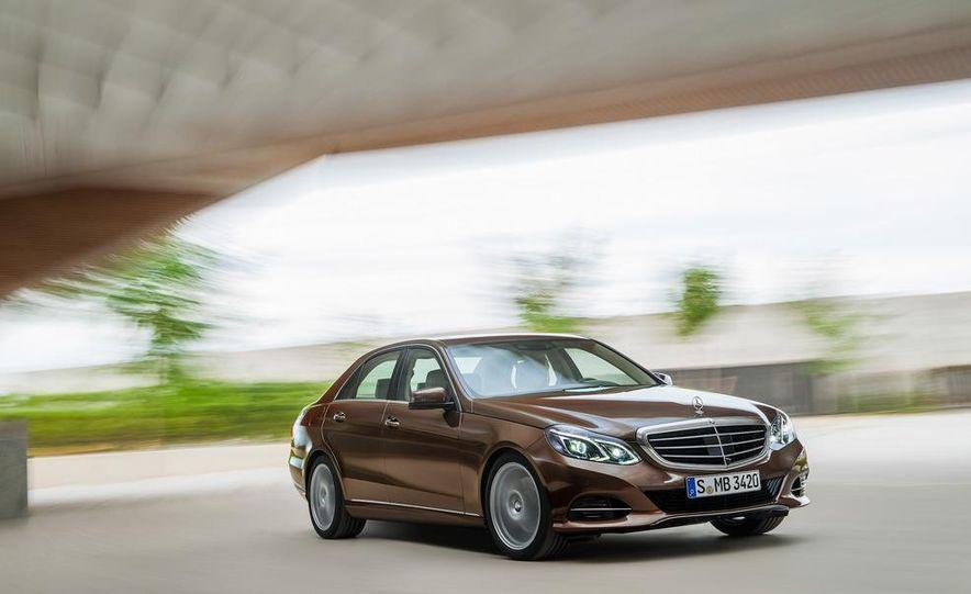 2014 Mercedes-Benz E250 wagon, E300 BlueTec Hybrid, and E350 4MATIC - Slide 15