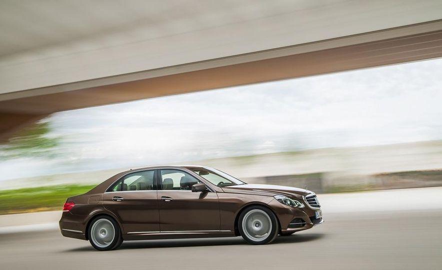 2014 Mercedes-Benz E250 wagon, E300 BlueTec Hybrid, and E350 4MATIC - Slide 16