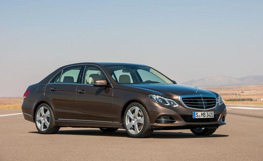 2014 Mercedes-Benz E250 wagon, E300 BlueTec Hybrid, and E350 4MATIC - Slide 21