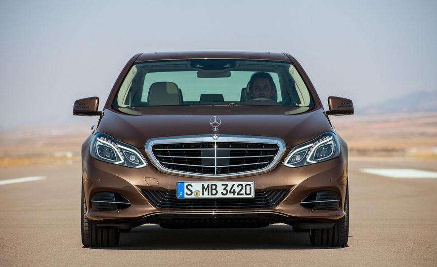 2014 Mercedes-Benz E250 wagon, E300 BlueTec Hybrid, and E350 4MATIC - Slide 22