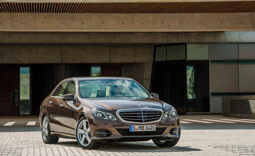 2014 Mercedes-Benz E250 wagon, E300 BlueTec Hybrid, and E350 4MATIC - Slide 23