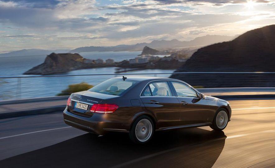 2014 Mercedes-Benz E250 wagon, E300 BlueTec Hybrid, and E350 4MATIC - Slide 28
