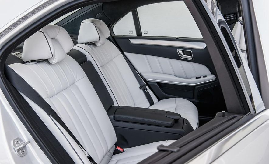 2014 Mercedes-Benz E250 wagon, E300 BlueTec Hybrid, and E350 4MATIC - Slide 12