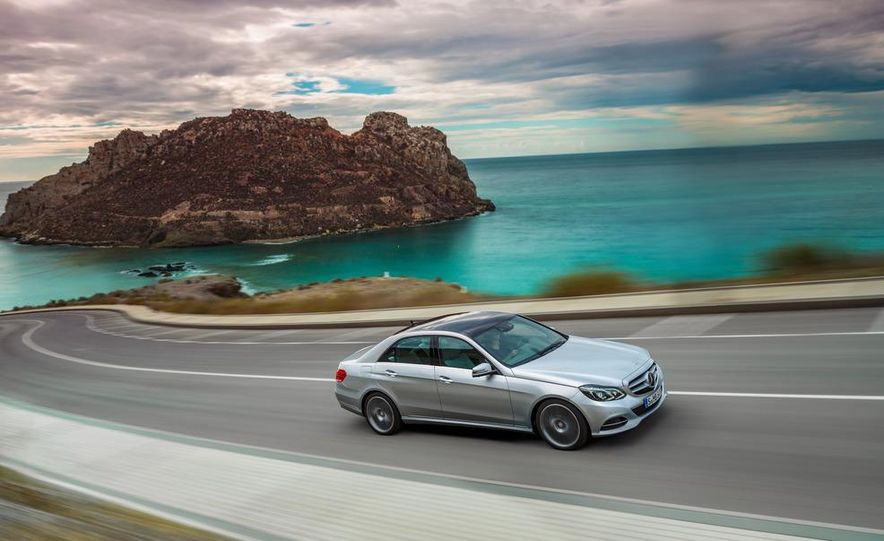 2014 Mercedes-Benz E250 wagon, E300 BlueTec Hybrid, and E350 4MATIC - Slide 5